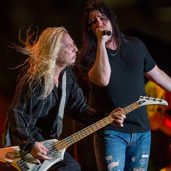 Downtown Las Vegas is Rocked by Legendary Bands Slaughter, Vixen and Steelheart