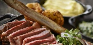 HEXX Kitchen ¦ Bar ¦ Chocolate to Ring In 2016 with Decadent Dinner for Two and Strip-side Patio Soirée