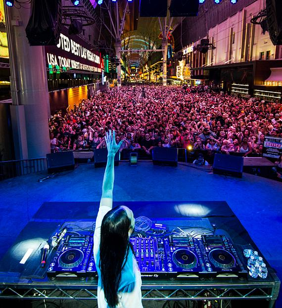 Steve Aoki takes over Fremont Street Experience to celebrate the worldwide premiere of his Viva Vision light show
