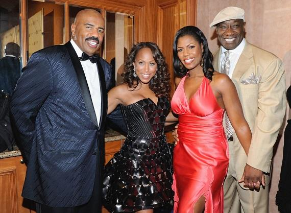 Steve and Marjorie Harvey greet Omarosa and Michael Clarke Duncan