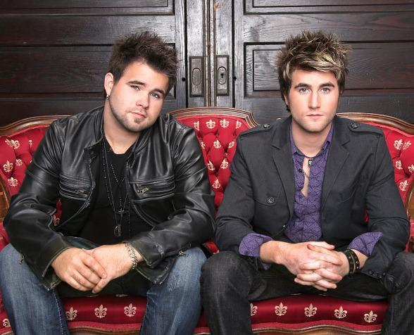 'The Voice' Finalists The Swon Brothers Ring in The New Year at Gilley's in Las Vegas
