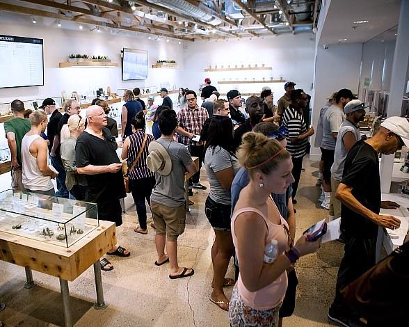 The+Source Welcomes First Day of Retail Sales in Nevada