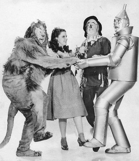 """Henderson Pavilion to Screen Oscar-Winning Movie """"The Wizard of Oz"""" - Henderson Symphony Orchestra to Perform Film's Original Musical Score"""