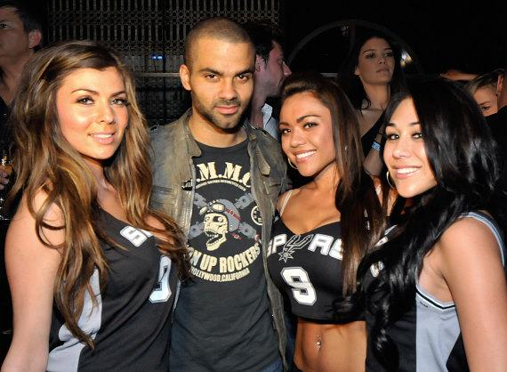 Tony Parker with LAVO cocktail waitresses