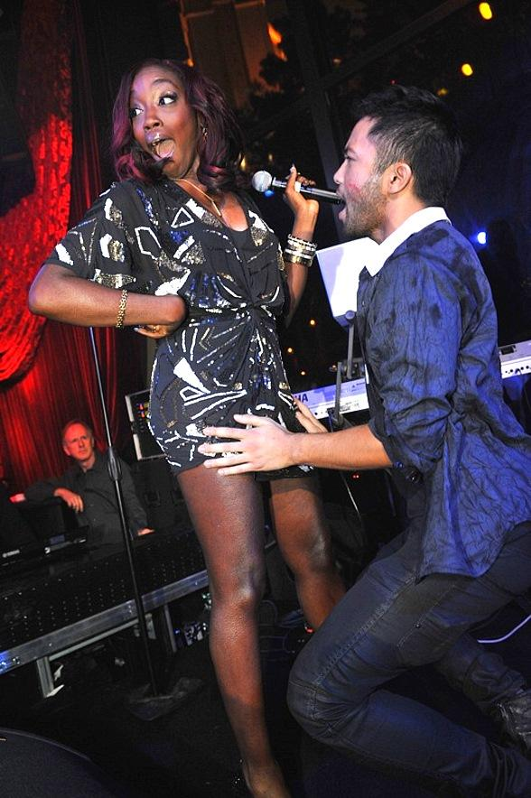 Estelle Counts Down to 2011 at Tryst Nightclub
