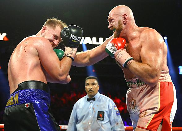 Tyson Fury on Fire With Decision Over Otto Wallin