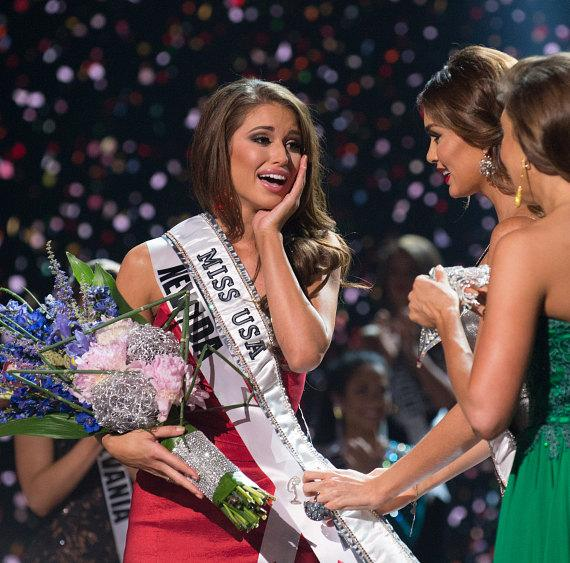Miss Nevada Nia Sanchez learns that she has become Miss USA