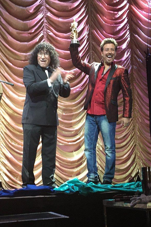 Magician Tommy Wind's Family Magic Show Wins Merlin Award