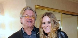 Véronic DiCaire at Ron White Aces of Comedy Show at The Mirage Las Vegas