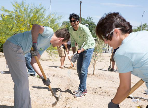 The Venetian and The Palazzo Team Members Celebrate Earth Day with Tree Planting and Park Cleanup