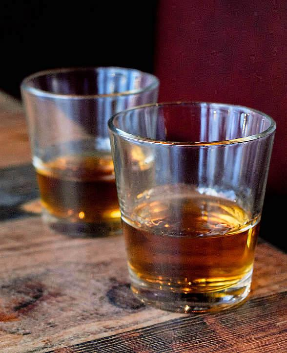 Free Bourbon Tasting Classes at Virgil's Real BBQ at The LINQ Promenade in Las Vegas