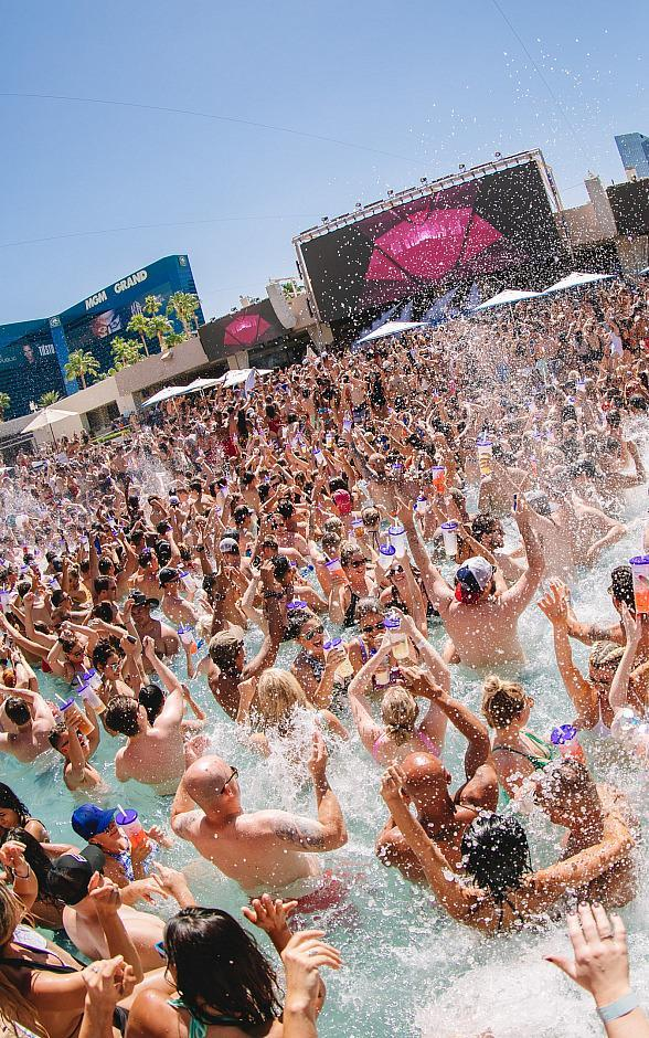 Hakkasan Group Signals the Start of Summer as Wet Republic Ultra Pool and Liquid Pool Lounge Officially Open for Pool Season