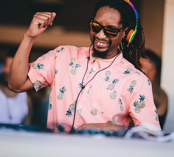 Wet Republic Initiates 10th Season with Hot 100 Bikini Competition, Steve Aoki and Lil Jon