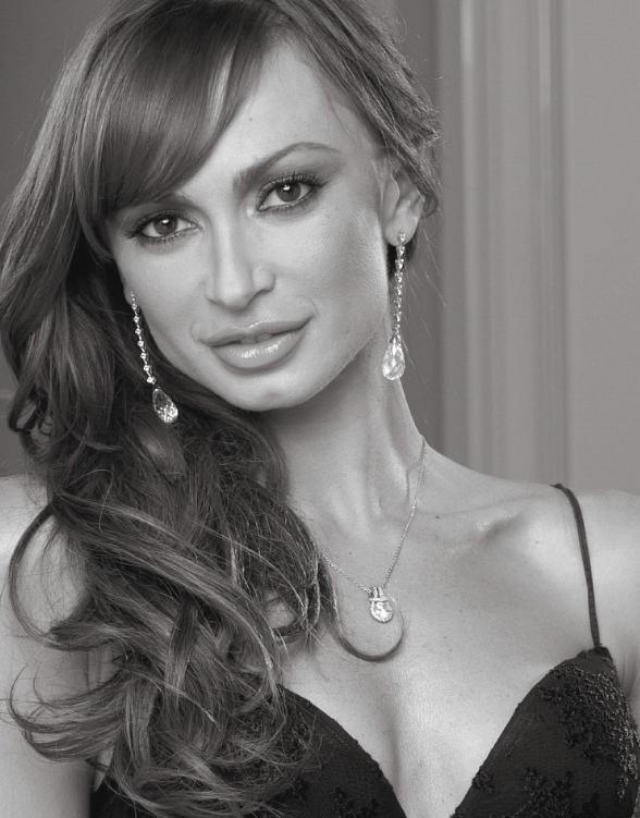 Dancing Star Karina Smirnoff to Celebrate the Holidays at Winter in Venice Dec. 3
