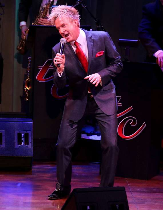 """Zowie Bowie performs in """"Christmas at My Place"""""""