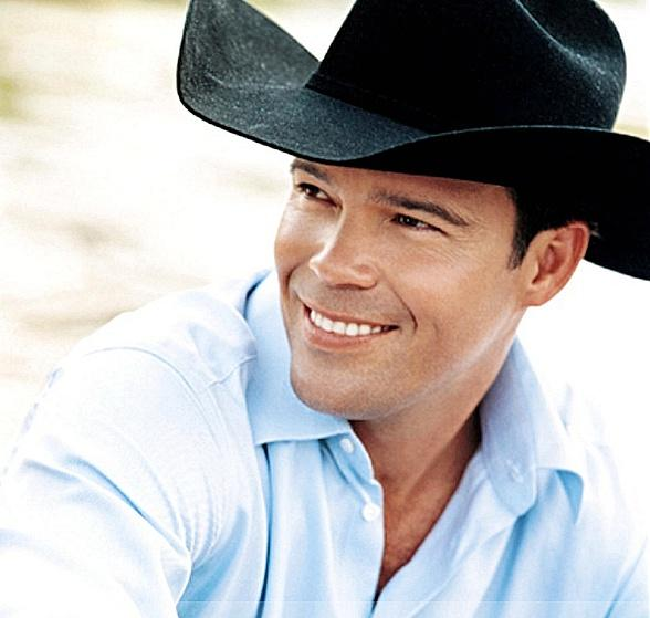 Country Superstar Clay Walker to Perform at Aliante Casino + Hotel March 9