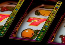 Top 5 Differences Between Gambling Online or in Vegas. What is Best for You?
