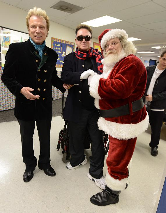 Siegfried & Roy Deliver Christmas Cheer to The Boys & Girls Clubs Of Southern Nevada's Downtown Clubhouse