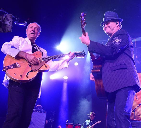 Michael Nesmith and Micky Dolenz of The Monkees