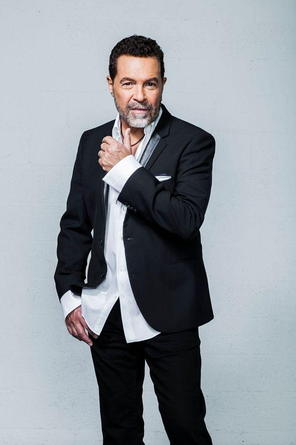 """""""Clint Holmes: Between The Lines"""" Debuts in The Palazzo Theatre July 16"""