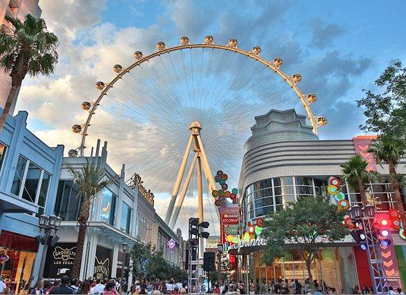 Las Vegas High Roller Celebrates First 100 Days and Offers Free Rides to First 100 Riders Tuesday, July 8