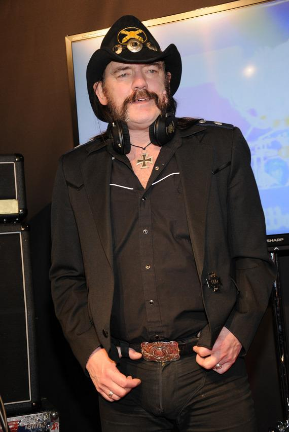Motorhead's Lemmy Kilmister unveils Motorheadphones at International CES 2013