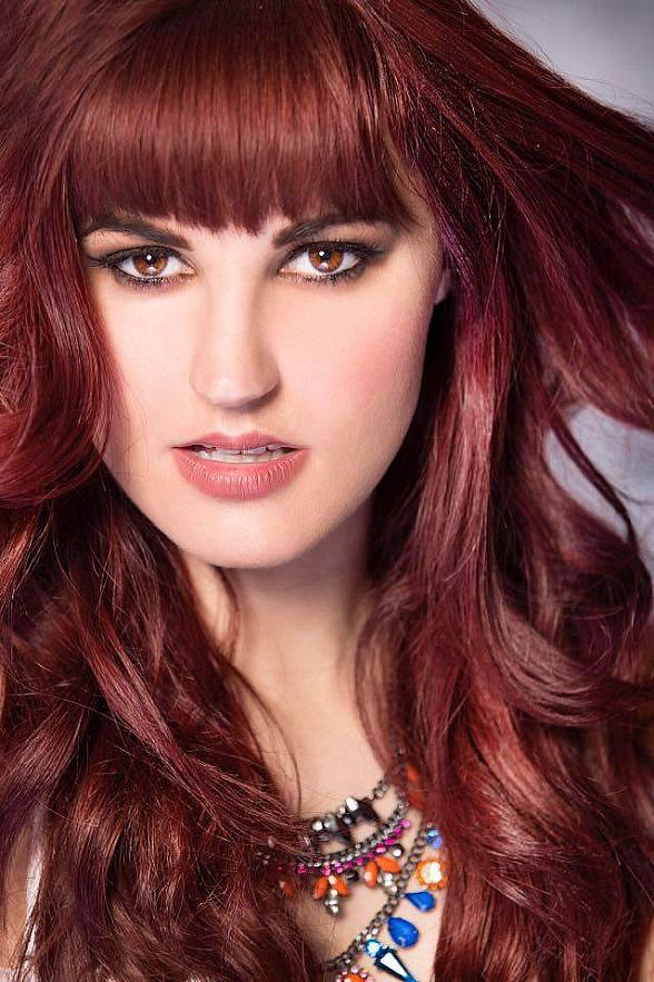 """Singer/Actress Lisa Marie Smith to appear at 2nd Annual """"Mike Hammer Celebrity Go-Kart Race"""" to Serve the Less Fortunate Oct. 16"""