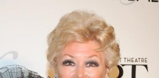 Mitzi Gaynor honored as NBT's 2013 Woman Of The Year