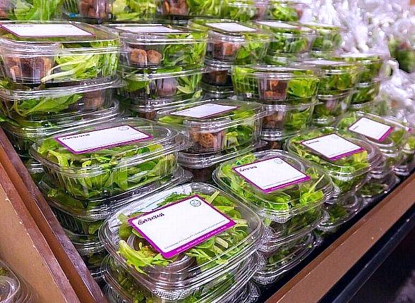 Evercress is available in single serving salad portions with dressing and croutons