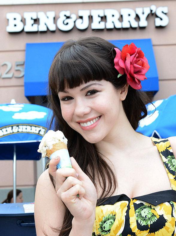 Claire Sinclair, star of PIN UP! at the Stratosphere