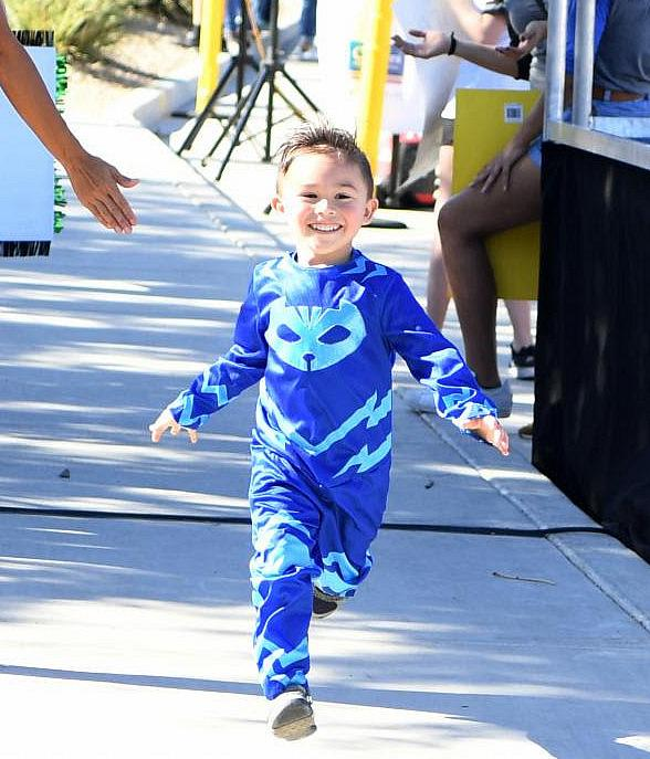 Capes and Super Powers Abound at Candlelighters Annual Superhero 5K in Las Vegas