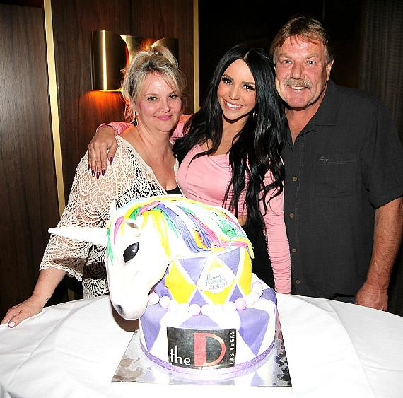 Vanderpump Rules' Scheana Marie Celebrates Birthday at Andiamo Italian Steakhouse