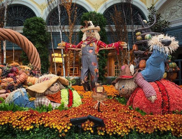 Bellagio's Conservatory & Botanical Gardens Brings Pumpkins, Scarecrows and Colorful Foliage to the Desert with Its Autumn Display