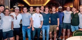 """Vegas Golden Knights Hold """"Stick Salute"""" Downtown and Dine at Andiamo Italian Steakhouse"""